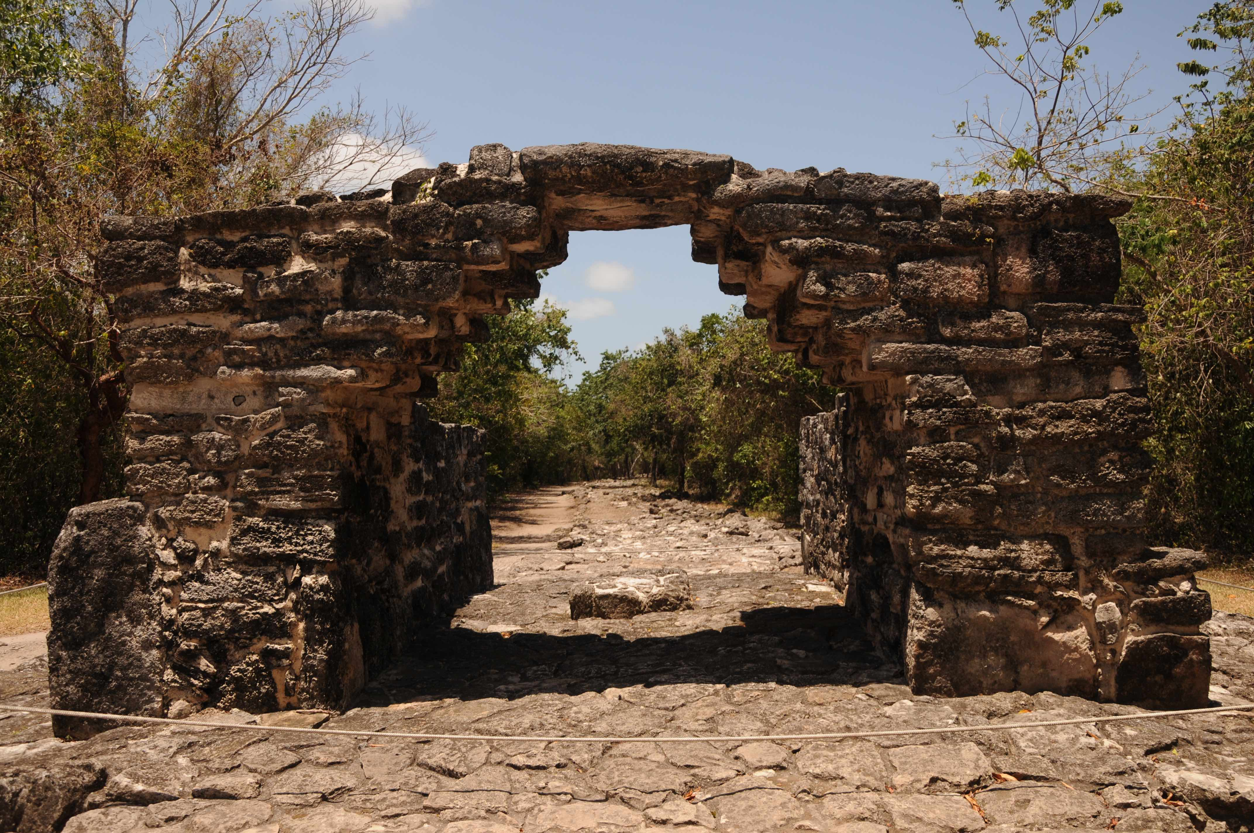 Mexico Travel (Riviera Maya) - Cover